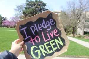 I plead to Live Green sign.